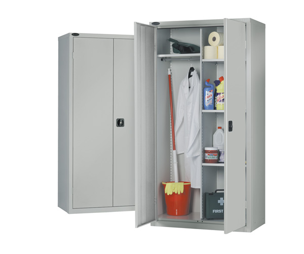 Cupboard / Wardrobe
